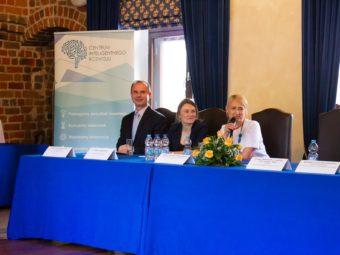 Intelligent Development Forum – Press conference